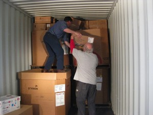 Packing a container to Cuba/Guinea